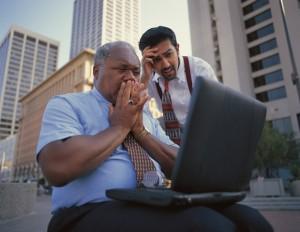 Empresarios horrorizados por resultados en Google